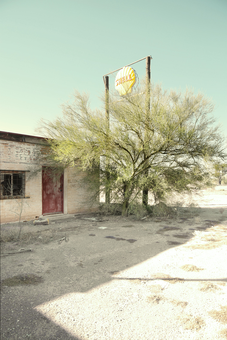 Old petrol gas station in Why Arizona