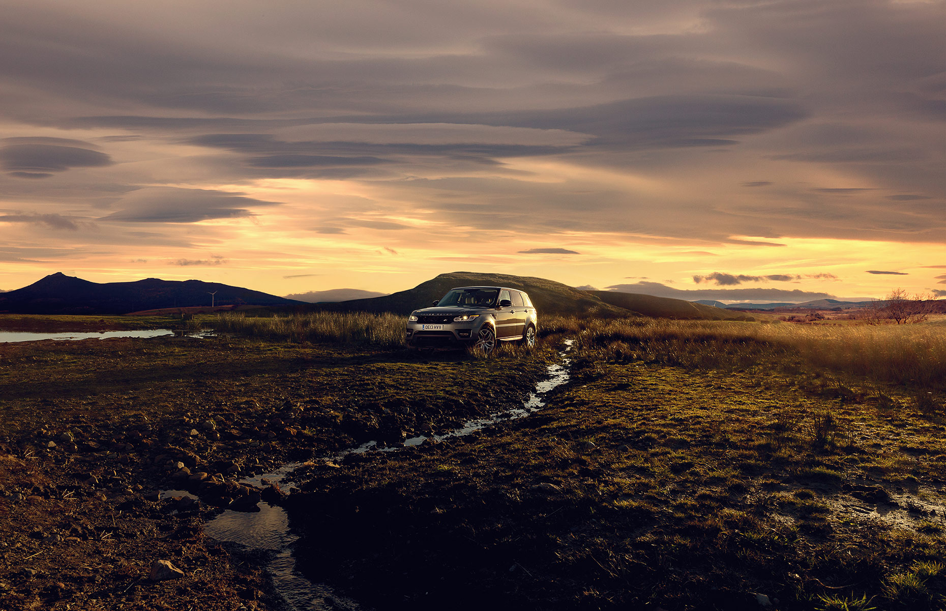 Range-Rover-sunset-final-websize